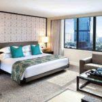 Спальня с элементами синего