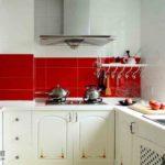 Дизайн маленькой кухни в классическом стиле