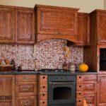 Как оформить кухню в стиле кантри: фото интерьеров