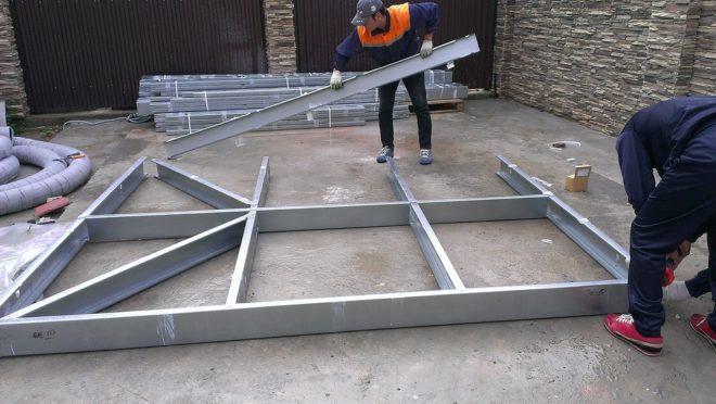 Сборка металлической конструкции