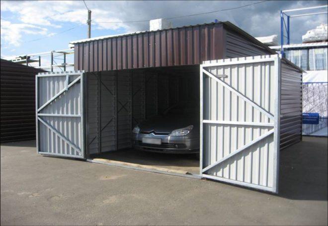 Готовая конструкция гаража из металлопрофиля