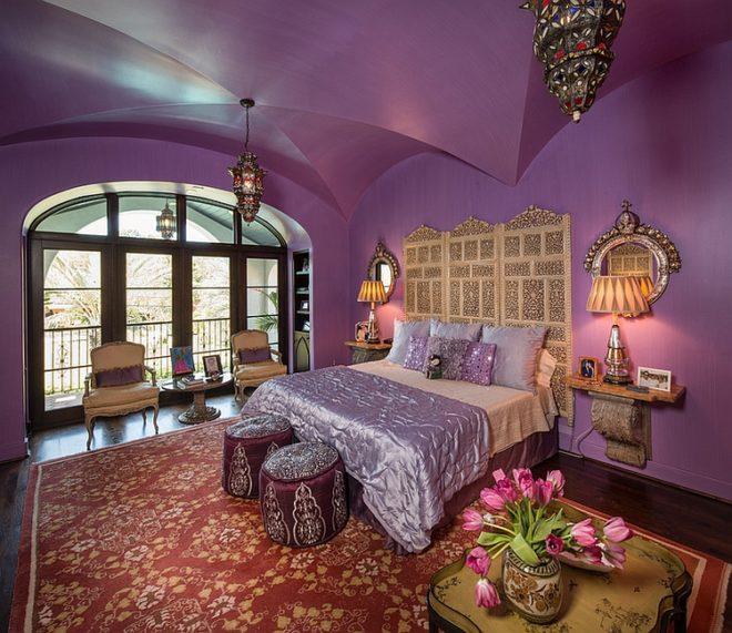 Фиолетовый и золотой в спальне