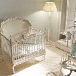 Комната новорождённого в классическом стиле