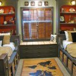 Комната в пиратском стиле с функциональной мебелью