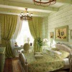 Шторы в зелёную спальню прованса