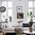 Маленькая гостиная в современном классическом стиле