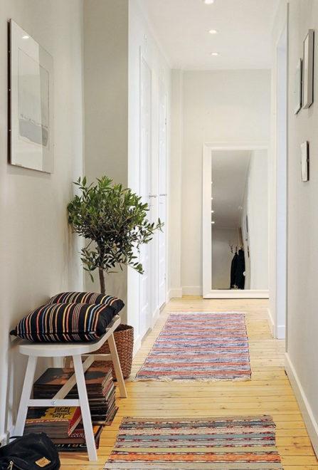 Маленький коридор в скандинавском стиле