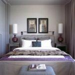 Спальня в стиле неоклассика с фиолетовым акцентом