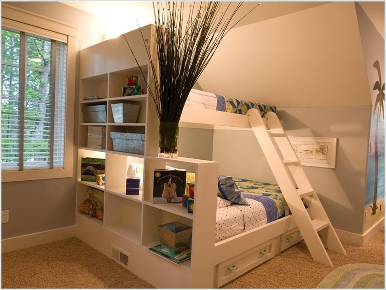 Как в одной комнате сделать две зоны: спальню 100