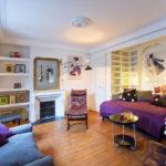 Маленькая гостиная в квартире-студии