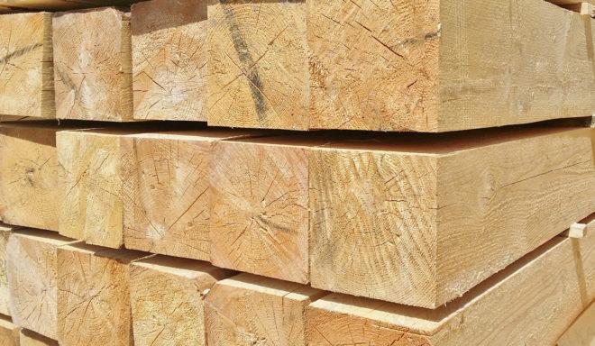 Деревянный брус 20x20 см