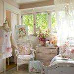 Спальня для девушки в розовом цвете