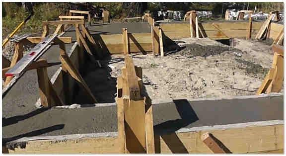 Заливка бетонной ленты