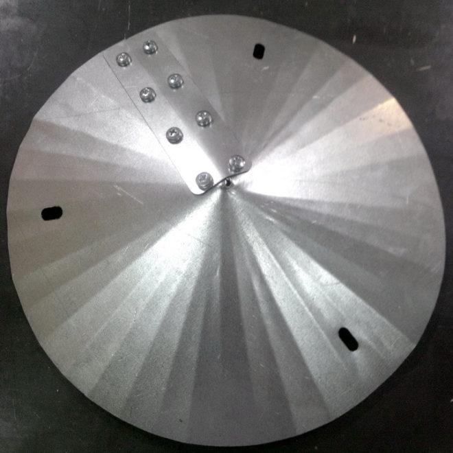 Скрепление деталей дефлектора