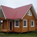 Дом из бревна на винтовых сваях