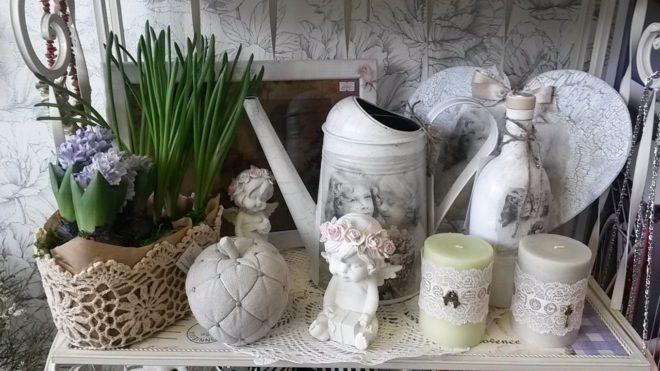 Декоративные элементы для гостиной прованса