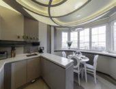 Стильный вариант совмещения кухни и лоджии