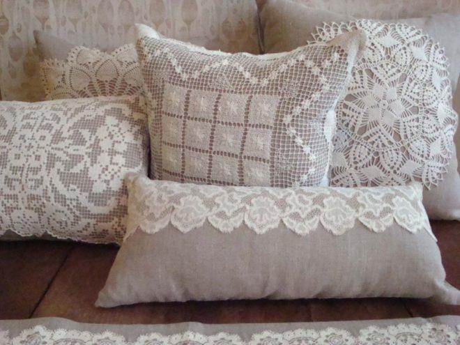 декор подушки своими руками при помощи кружева