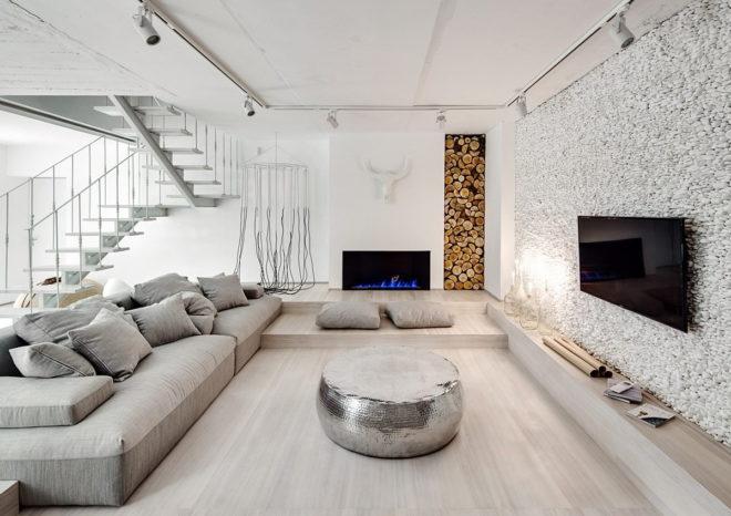 Имитация белой морской гальки в интерьере гостиной