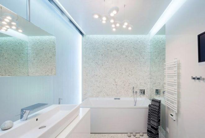 Отделка камнем в интерьере ванной комнаты