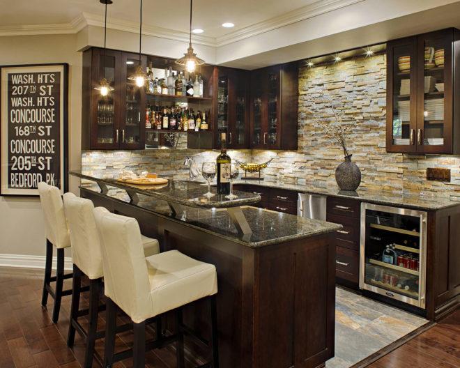 Имитация натурального камня в интерьере кухни