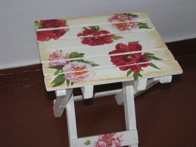 Салфетки для аппликаций на мебели