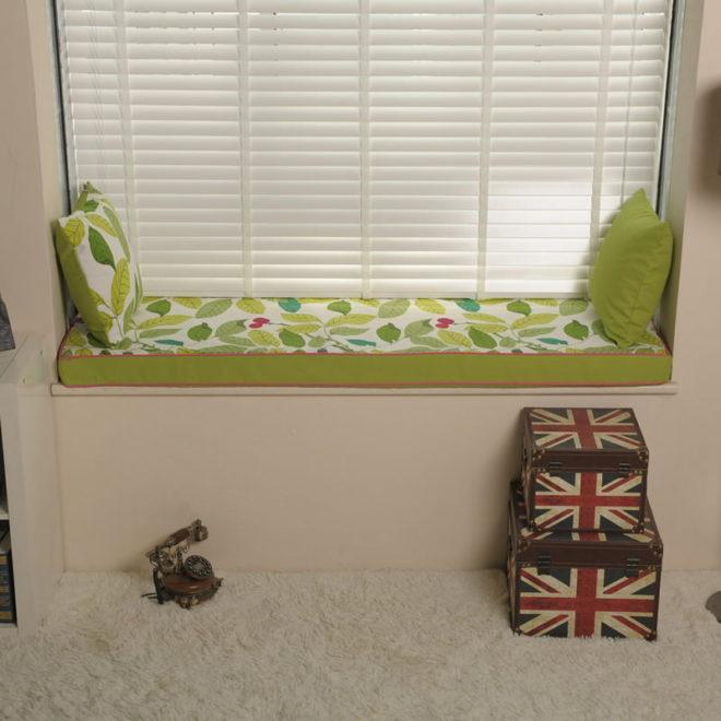 подушка-диван на подоконник