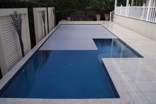 Инновационное жёсткое покрытие для бассейна