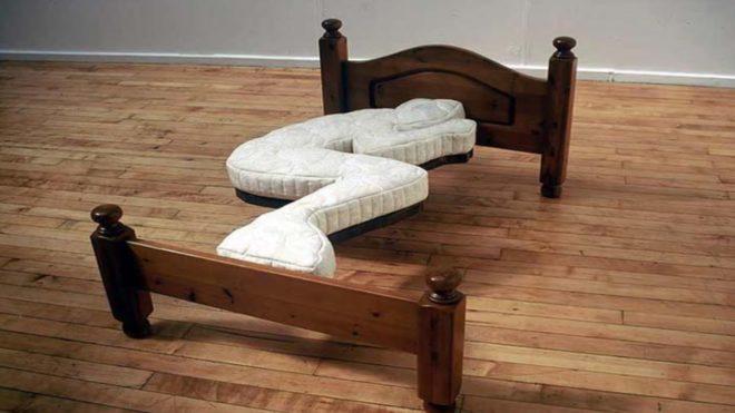 самая неудобная кровать