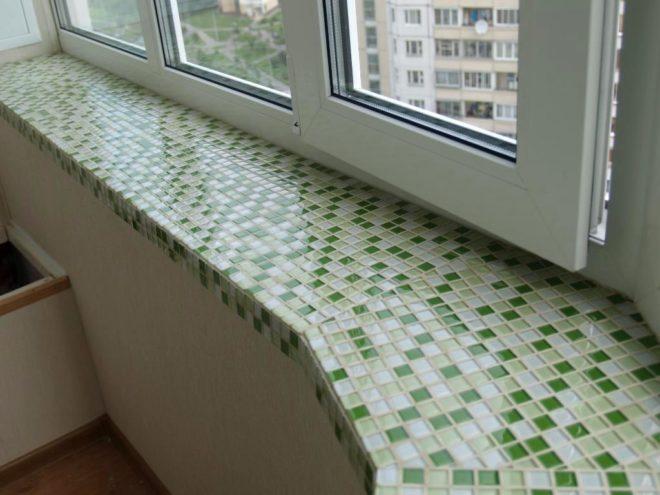 Как обновить подоконник с помощью мозаики