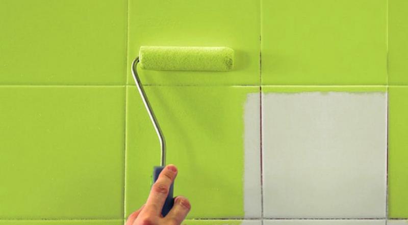 Как обновить кафельную плитку на кухне или в ванной недорого