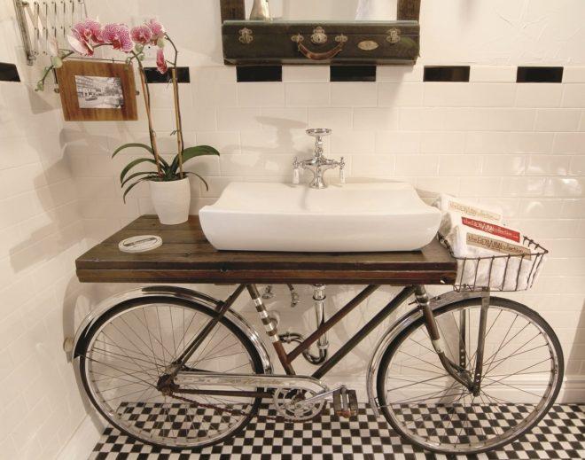подставка под раковину из старого велосипеда