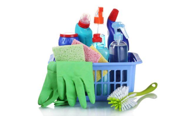 Как мыть горизонтальные жалюзи, не снимая их