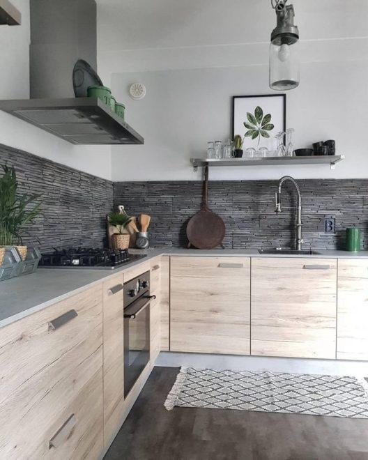 Фото кухни без верхних навесных шкафов