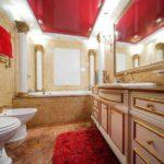 Натяжной потолок в ванной: отзывы домочадцев