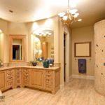 Люстры и светильники в ванную комнату