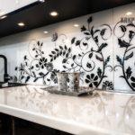 Фотопечать на стекле для кухонного фартука