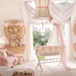 Розовая детская для девочки в классическом стиле