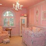 Розово-персиковая детская для девочки