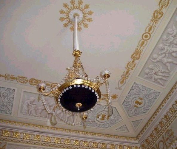 Фрагмент потолка в стиле ампир