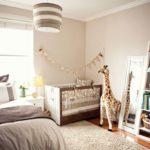 Сливочно-кофейная спальня