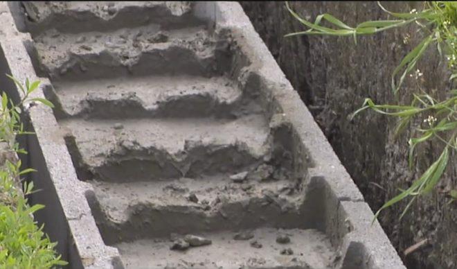 Заливка бетоном первых двух рядов