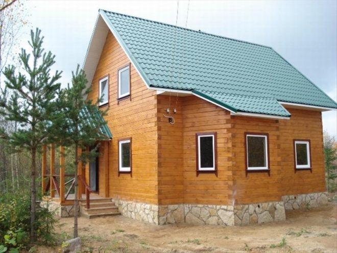 Деревянный дом на ленточном фундаменте