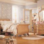 Спальня шебби для семейной пары