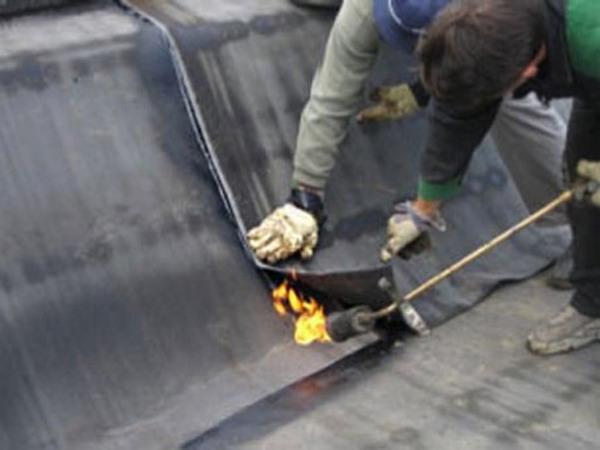 Гидроизоляция крыши гаража листовыми материалами