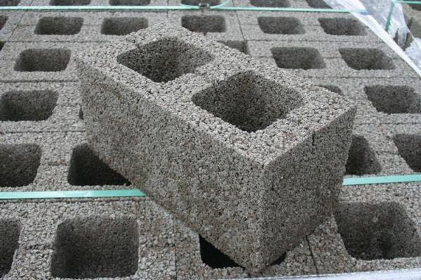 Керамзитобетонные фундаментные блоки