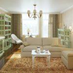 Застеклённые шкафы для книг и сувениров в стиле прованс