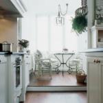 Кухня и лоджия в одном общем пространстве