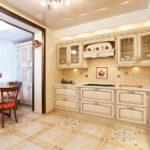 Кухня объединённая с балконом в светлых тонах
