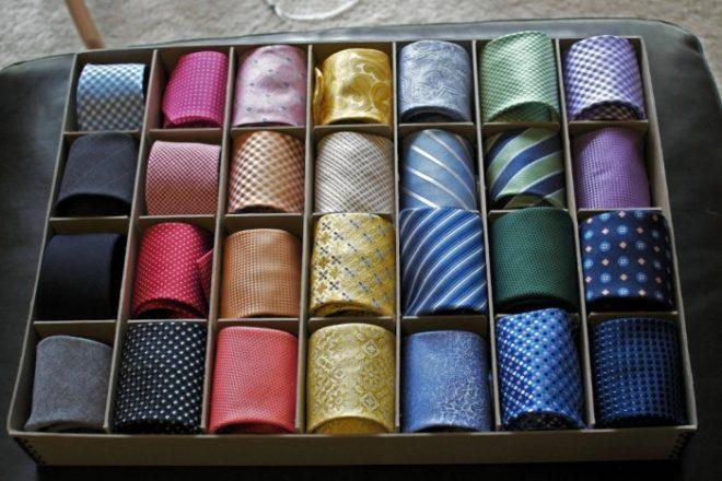 Один из вариантов хранения галстуков